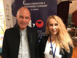 Bertrand Piccard, aux côté de Heidi Solba, la responsable monde du Wolrd Clean Up Day