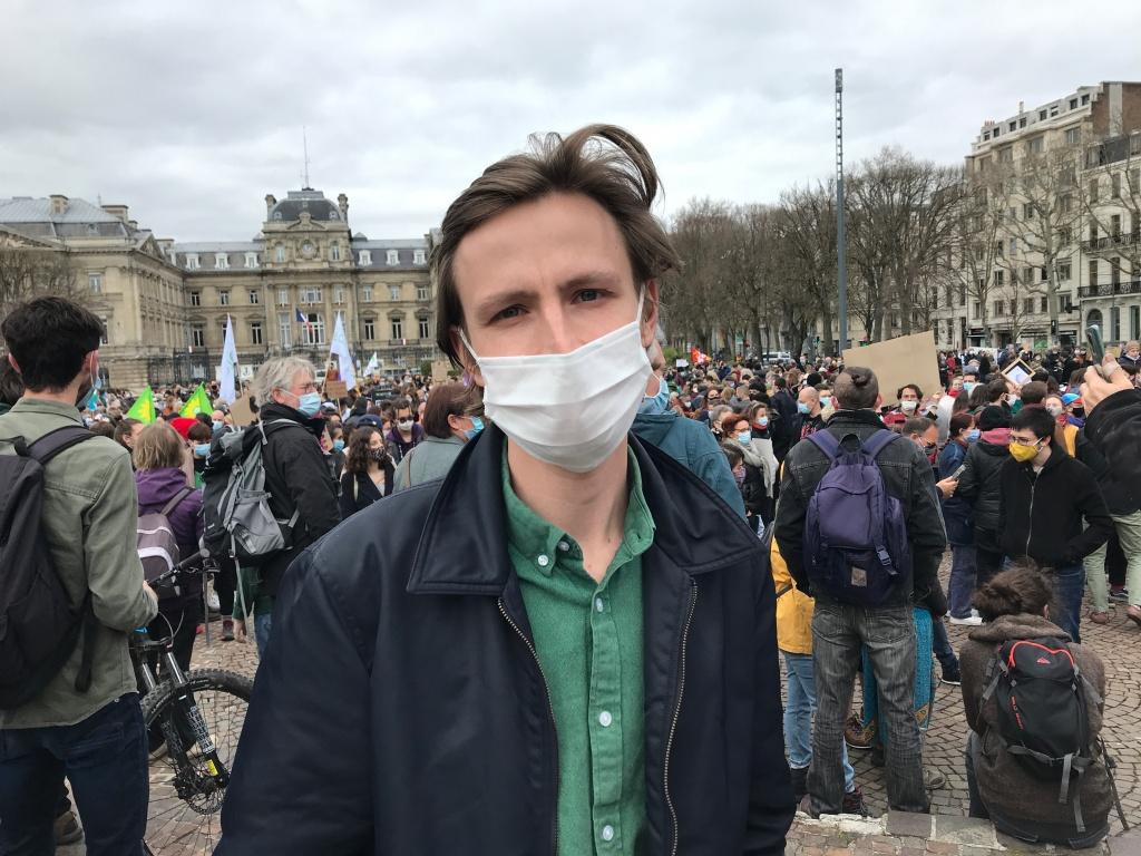 Retour en images de la marche climat du 28 mars 2021 à Lille, à la veille de l'étude de la loi climat par les députés.